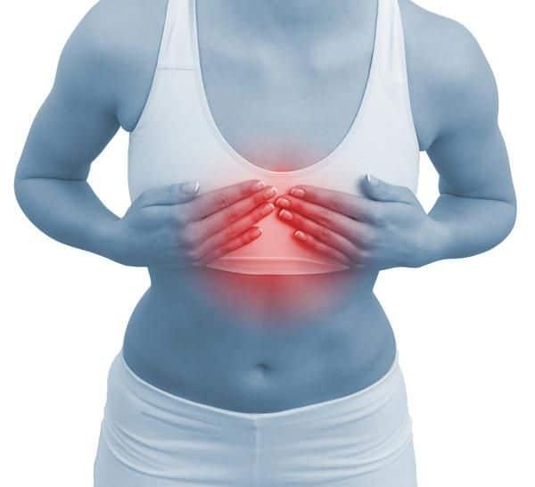 При физической нагрузке боль в грудной клетке